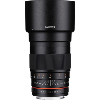 Объектив Samyang 135mm f/2.0 ED UMC Canon EF