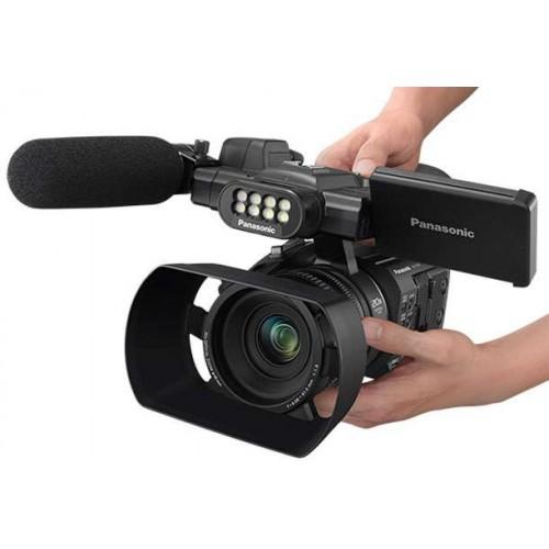 Видеокамера Panasonic HC-PV100
