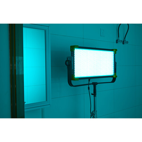 Осветитель светодиодный Godox LD150R RGB